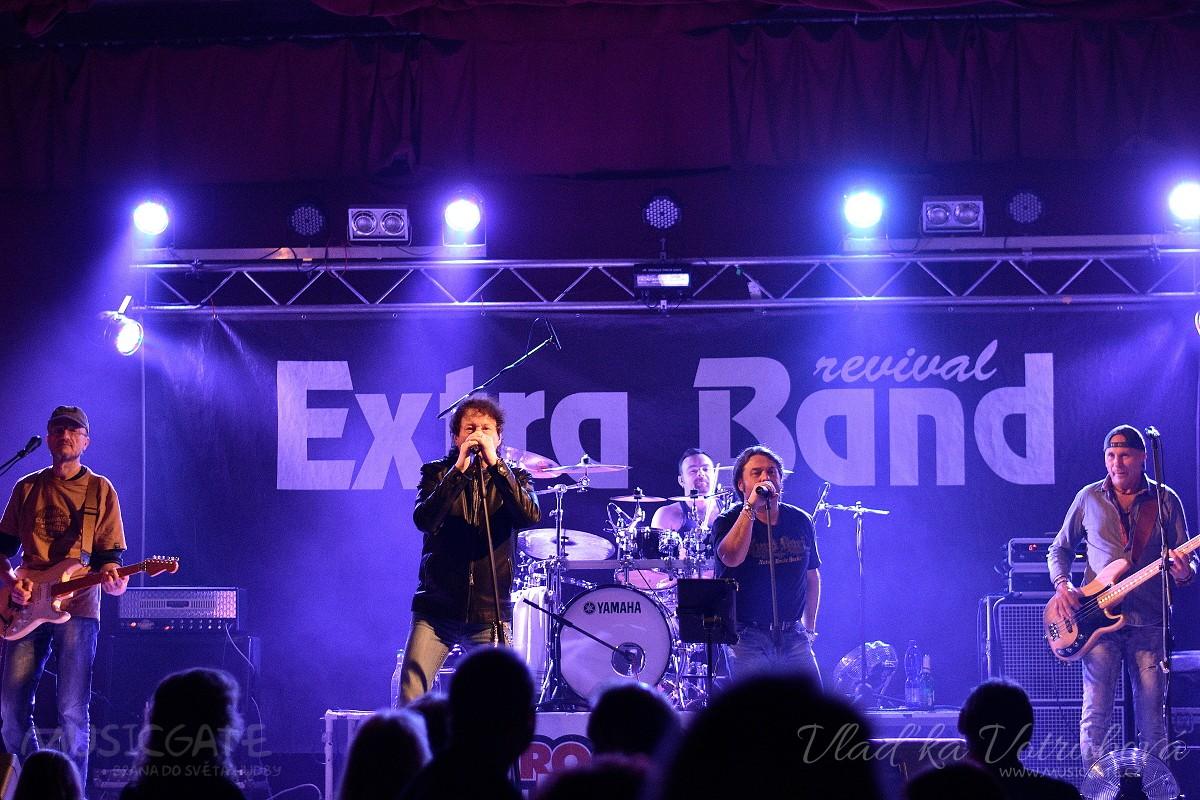 Extra Band revival rozpálil KD Mrákov!