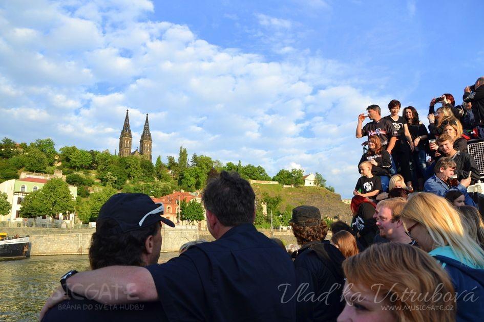 S hity Komunálu na vlnách Vltavy aneb čtvrtá Komunál párty na parníku Tyrš  se blíží