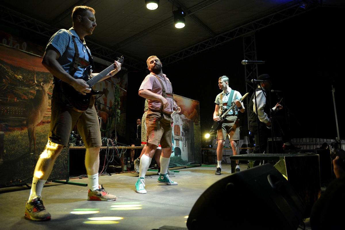 Plaské kulturní léto odstartovaly kapely Kníry, Septic People a Trautenberk