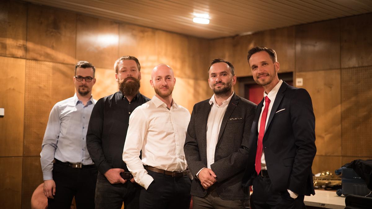 Michael Hopes odehrál koncert s pobaltským souborem NordicSounds, vysílat ho budou po celé Evropě