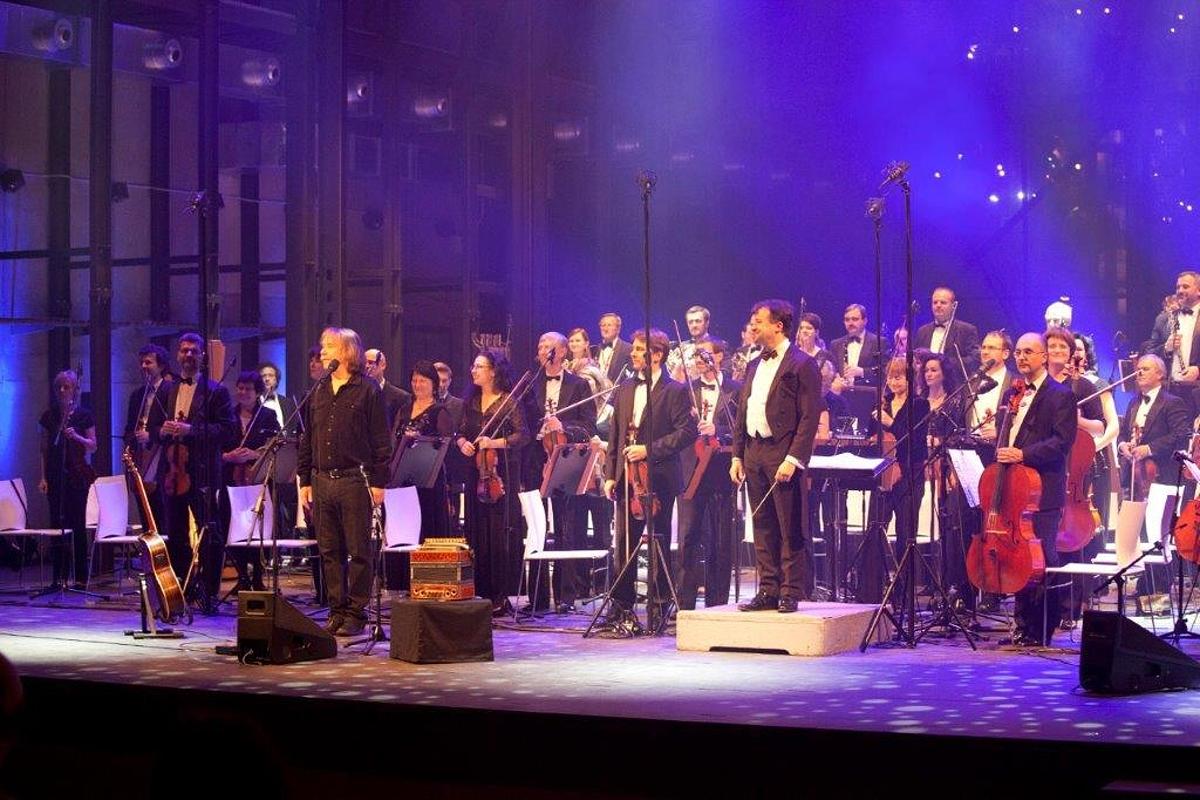 Jaromír Nohavica si k narozeninám daroval nové CD a DVD, šedesátpětku oslaví dvěma koncerty v Bratislavě