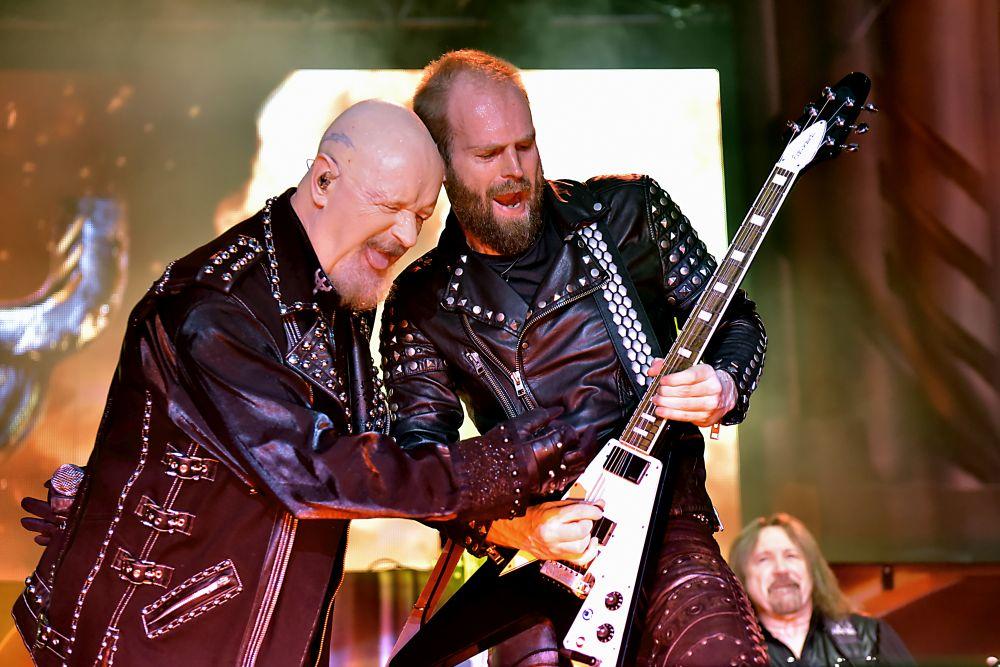 Že nejde zimní stadion rozpálit? Pro metalové ďábly Judas Priest a Megadeth to v Plzni nebyl problém!