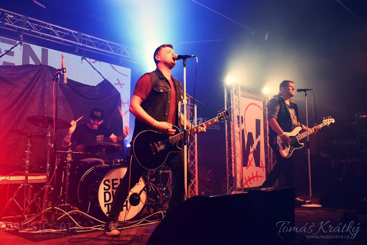 Skupina Sendwitch vydává nové album - Počátky.