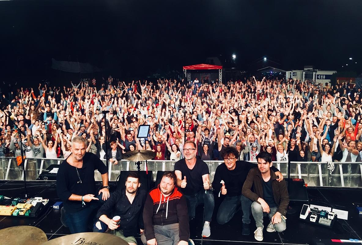 Osmnáctiny festivalu Žákovic Open oslavili Jana Kirschner, Ivan Mládek, HEX se představili v netradiční sestavě!