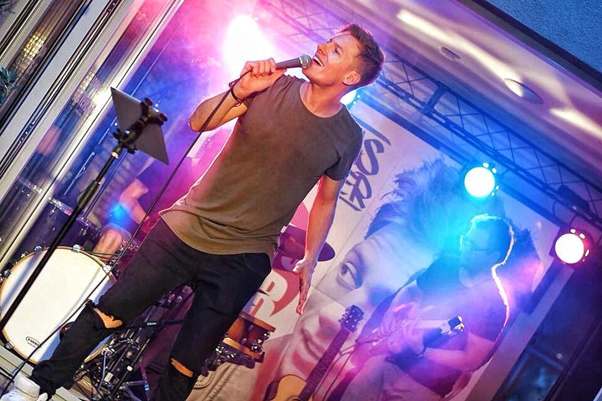 Thomas Puskailer válcuje Slovensko, po vyprodaném turné plánuje jeho podzimní část