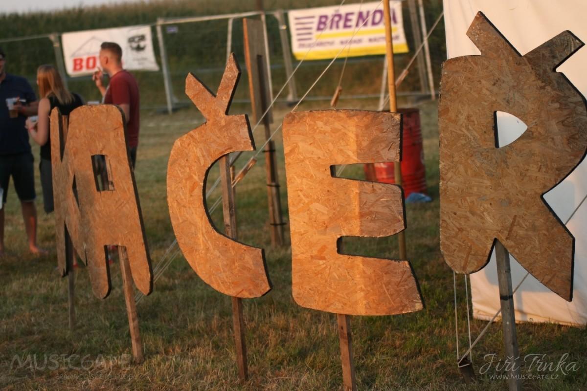 Festival Kačeři v obrazech