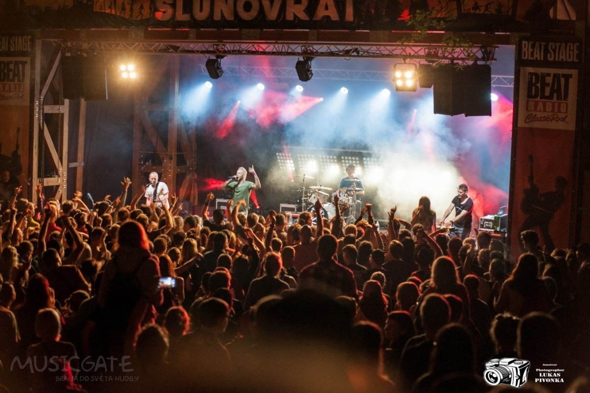 Rockový Slunovrat ohlašuje první potvrzené kapely pro rok 2019