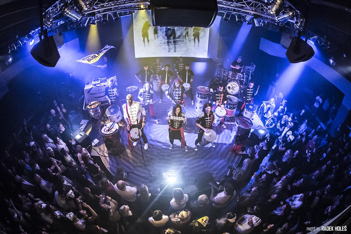 Tokhi se svojí kapelou Groove Army útočí na televizní diváky prostřednictvím soutěže Česko Slovensko má Talent