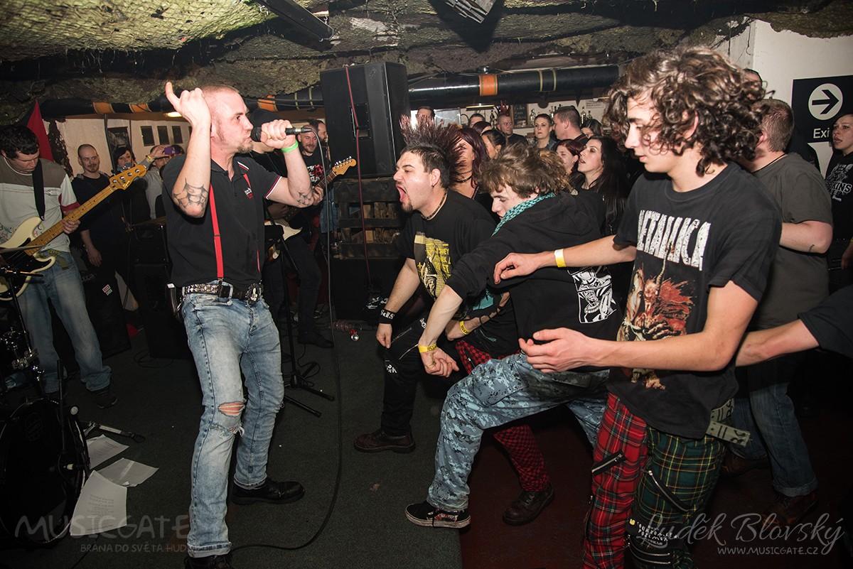Punková oslava 20. narozenin skupiny Soukromey pozemek