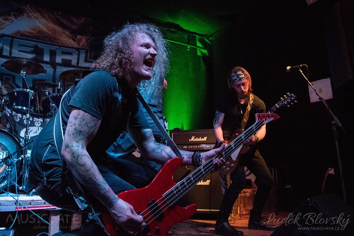 Hell In Prdel – metalový nářez v berounském klubu