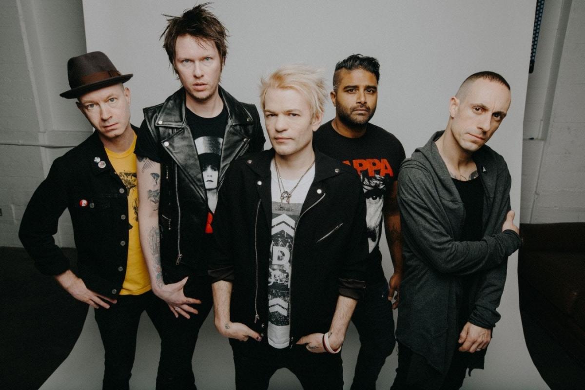Sum 41 již toto úterý přivezou punkovej nářez do Prahy