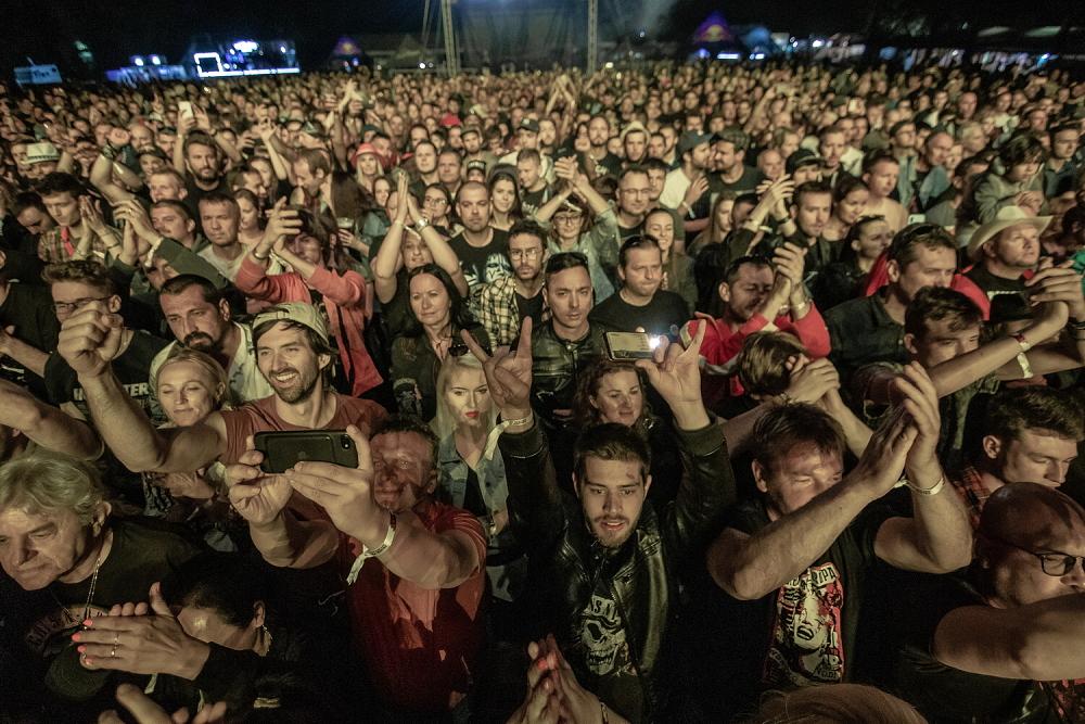 Na Zelené vodě odstartoval festival TOPFEST, legendární Slash odpálil více jak dvouhodinovou show!