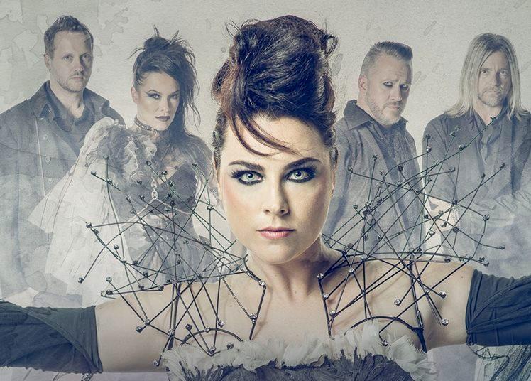 Evanescence v čele s uhrančivou frontwoman Amy Lee se brzy vrátí do Čech! Po roce odmlky v ČR si podmaní Plzeň i Brno