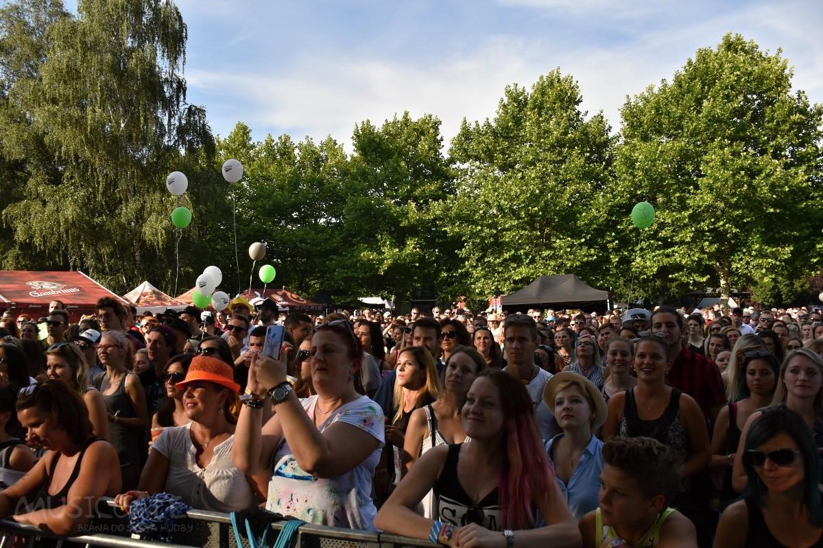 Létofest v Českých Budejovicích přinesl letní pohodovou náladu a spoustu dobré muziky