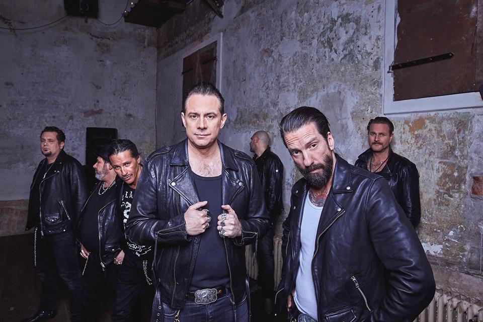 Němečtí countryrockeři The BossHoss zkoušejí v Česku prorazit se singlem z tamější The Voice
