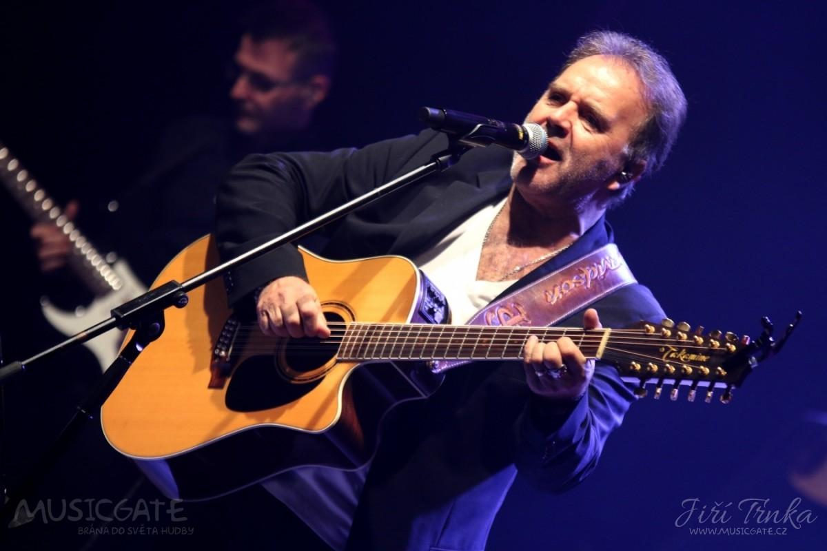 """Turné """"60"""" - narozeninový koncert Jakuba Smolíka."""