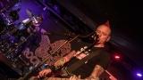 Pogo tour 2019 opětovně rozbourala pražský klub Rock Cafe (9 / 107)