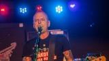 Pogo tour 2019 opětovně rozbourala pražský klub Rock Cafe (15 / 107)