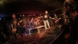 Pogo tour 2019 opětovně rozbourala pražský klub Rock Cafe (23 / 107)