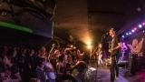 Pogo tour 2019 opětovně rozbourala pražský klub Rock Cafe (63 / 107)