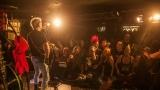Pogo tour 2019 opětovně rozbourala pražský klub Rock Cafe (73 / 107)