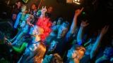 Pogo tour 2019 opětovně rozbourala pražský klub Rock Cafe (82 / 107)