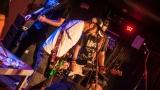 Pogo tour 2019 opětovně rozbourala pražský klub Rock Cafe (83 / 107)