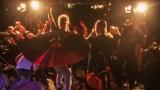 Pogo tour 2019 opětovně rozbourala pražský klub Rock Cafe (88 / 107)