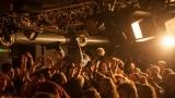 Pogo tour 2019 opětovně rozbourala pražský klub Rock Cafe (90 / 107)