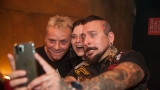 Pogo tour 2019 opětovně rozbourala pražský klub Rock Cafe (107 / 107)