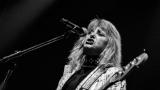 Suzi Quatro se svou Rock And Roll basou vyprodala velký sál Lucerny v Praze. (7 / 55)