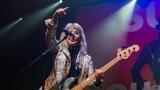 Suzi Quatro se svou Rock And Roll basou vyprodala velký sál Lucerny v Praze. (16 / 55)