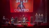 Suzi Quatro se svou Rock And Roll basou vyprodala velký sál Lucerny v Praze. (42 / 55)