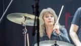 Suzi Quatro se svou Rock And Roll basou vyprodala velký sál Lucerny v Praze. (55 / 55)