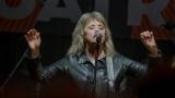 Suzi Quatro se svou Rock And Roll basou vyprodala velký sál Lucerny v Praze. (30 / 31)