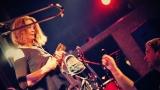 Dámy i pánové oslavili s kapelou Sto zvířat 30 let na hudební scéně (12 / 28)