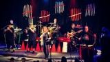 Dámy i pánové oslavili s kapelou Sto zvířat 30 let na hudební scéně (20 / 28)