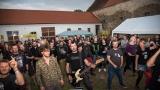 Kapela  Zputnik - výlet basáka mezi fans (129 / 242)