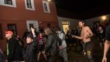 Třetí ročník Cidre Punk Festu v Újezdě u Chanovic přilákal fanoušky i z dosti vzdálených končin (198 / 242)