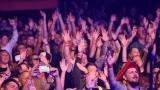 Punk rocková exploze Rybiček 48 vypukla na Pekelným létě! Hostem večera byli Street 69 a Sticx (50 / 89)