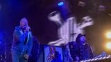 Už se nechcem nikdy vracet, když nám bylo mizerně. Kapela Lucie rozezpívala pražské Výstaviště a zakončila akci PRAHA ZÁŘÍ (7 / 40)