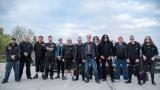 Kompletní pracovní tým včetně kapely (13 / 108)