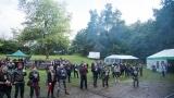 Přes nepříznivou předpověď počasí se multižánrový festival Vyvrhells pro děti uskutečnil, tahounem byla kapela E!E (68 / 345)