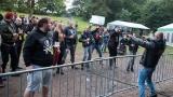 Přes nepříznivou předpověď počasí se multižánrový festival Vyvrhells pro děti uskutečnil, tahounem byla kapela E!E (129 / 345)