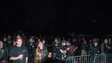 Přes nepříznivou předpověď počasí se multižánrový festival Vyvrhells pro děti uskutečnil, tahounem byla kapela E!E (271 / 345)