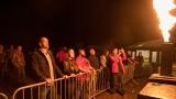 Přes nepříznivou předpověď počasí se multižánrový festival Vyvrhells pro děti uskutečnil, tahounem byla kapela E!E (343 / 345)