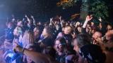 Koncert karvinské Dogy byla jedna z posledních letošních open air akcí pod hrademVlčtejn (72 / 107)