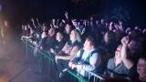 Koncert karvinské Dogy byla jedna z posledních letošních open air akcí pod hrademVlčtejn (87 / 107)
