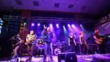 MICHAL AMBROŽ & HUDBA PRAHA PRÁVĚ JEDOU SRDEČNÍ PŘÍBĚH TOUR 2017 (17 / 37)