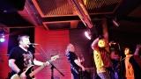 Club Bamboo ve Zlíně zažil pořádnou punkovou smršť v podobě kapel N.V.Ú. a Znouzectnost (32 / 38)